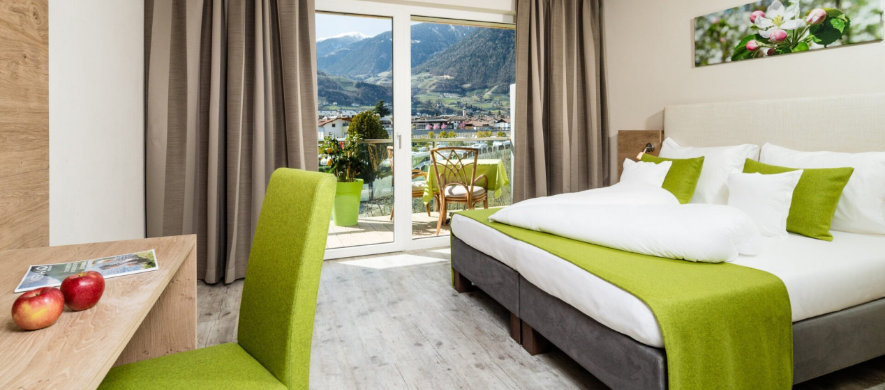 Zimmer Golden - 4 Sterne Hotel in Lana Pfeiss - Meran - Südtirol