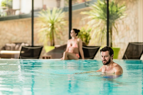 Pools im Wellnesshotel Pfeiss in Lana Südtirol
