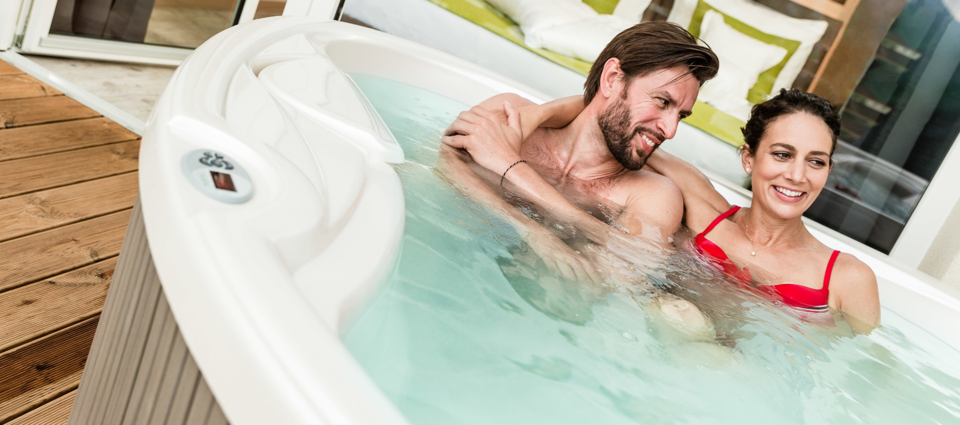 Genusshotel mit Hallenbad Wellness bei Meran, Reise-Storno-Schutz