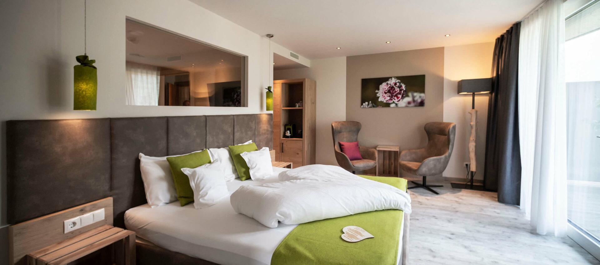 PinkLady Zimmer Neu im Hotel Pfeiss in Lana, bei Meran